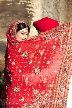 cute pose Photoshoot Inspiration, Wedding Inspiration, Wedding Ideas, Sikh Wedding, Girl Closet, Cute Poses, Indian Girls, Wedding Photography, Photography Ideas