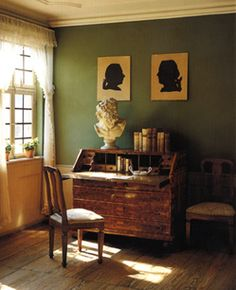 The Writing Room / Das Dichterzimmer im Goethe-Haus Frankfurt Antique Interior, Farmhouse Interior, Art Romantique, 21st Century Homes, Georgian Interiors, Mantle Piece, Workspace Inspiration, Wall Colors, Decoration