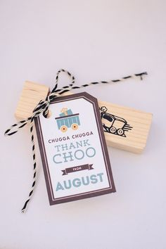 Modern + Vintage Train themed birthday party via Kara's Party Ideas KaraPartyIdeas.com #trainparty #vintagetrains #karaspartyideas Printables, favors, desserts, games, and more! (4)