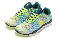 New Nike Free Run 5.0 Vrouwen Schoenen Wit Groen Lichtblauw Nieuw Uitgeven GRATIS VERZENDING DOOR DHL Verkoopprijs:€60,99