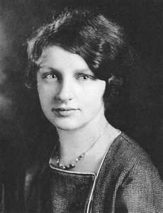 A young Rachel Carson. read her book and join her cause more strongly Rachel Carson, The Road Not Taken, Historical Women, Secret Life, Read News, Romance Novels, Stand By Me, My Hero, Cool Girl