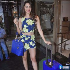 Latest Hot and Sizzling Pics of Kiara Advani