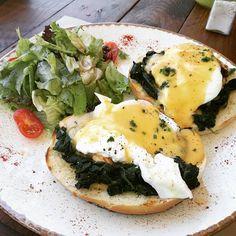 Δεν ξέρω τπτ  #egglover #eggs #brunch #yummy #yum #foodporn #instafood #foodgasm #spinach  #slurp #potd #igers #foodlover #foodphotography