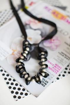 Refashioned DIY Pearl Necklace   Closet Detox