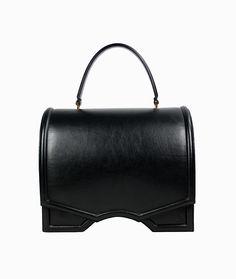 Reliquiae - tradición, diseño y color, el bolso que yo quiero en mi armario: Bolso Archy Satchel negro de Reliquiae http://arropame.com/reliquiae-tradicion-diseno-y-color-el-bolso-que-yo-quiero-en-mi-armario/ #arropame #conceptstore #bilbao #shopping #shoponline #reliquiaespain #ss16 #madeinspain #fashion #summer #bags #bolsos #design
