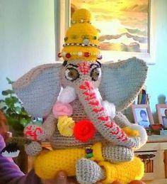 """Ganesha Amigurumi - Patrón Gratis en Español - Versión en PDF - Click """"AQUÍ EL PATRÓN COMPLETO"""" debajo de las fotos aquí: http://amigurumiscuquis.blogspot.com.es/2013/11/ganesha.html"""