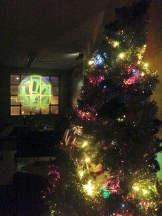 El espiritu de la Navidad ha llegado al estudio de diseño gráfico Mediactiu. L'esperit del Nadal ha arribat a l'estudi de disseny gràfic Mediactiu. The spirit of Christmas has come to graphic design studio Mediactiu.