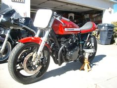 Tracy's Gs1000 Cafe racer. My FAVORITE!!!