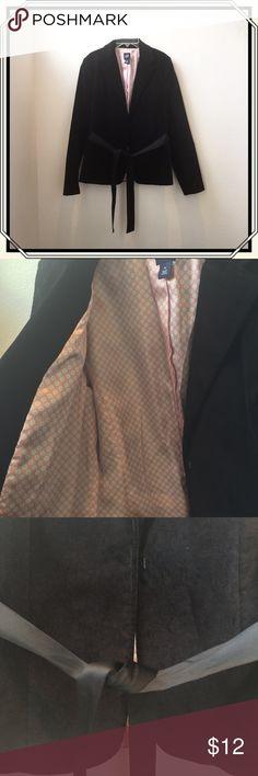 Gap black crushed velvet blazer size 10 Black crushed velvet blazer with satin lining and attached ribbon belt GAP Jackets & Coats Blazers