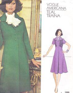 70s Teal Traina Womens Pintucked A Line Dress Vogue by CloesCloset