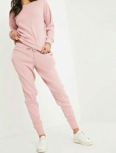 Pink Jogger Jumper Knitted Lounge SetComfort at its finest! We are loving this lounge set, perfec. Loungewear Outfits, Loungewear Set, Sporty Outfits, Chic Outfits, Fashion Outfits, Sweatpants Outfit, Pajamas Women, Comfortable Outfits, Lounge Wear
