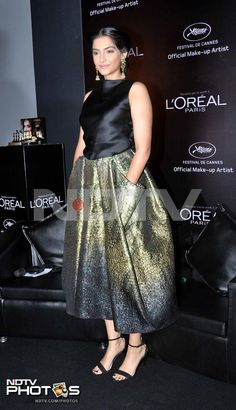 Sonam Kapoor will visit the Cannes Film Festival for the third time this year and it looks like the actress is all set to put her best fashion foot forward. She gave us a glimpse of her usual cutting edge style at a L'Oreal event in Mumbai.