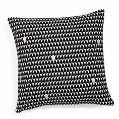 Black/white cotton triangular-patterned cushion cover, 40x40cm