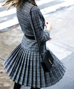 42 Beautiful Tartan Look Outfit Ideas For Ladies Tartan Fashion, Nyc Fashion, Fashion Outfits, Fashion Trends, Woman Fashion, Dress Outfits, Casual Outfits, Street Style 2016, Smart Outfit