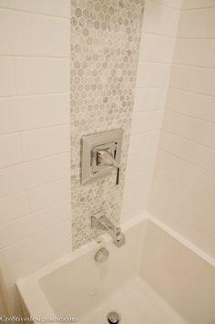 Výsledok vyhľadávania obrázkov pre dopyt mosaic rock wall bathroom