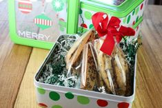 Chocolate Chip Biscotti {VIDEO} - Miss in the Kitchen Chocolate Chip Biscotti Recipe, Biscotti Cookies, Bar Cookies, Sweet Cookies, Yummy Cookies, Yummy Treats, Apple Crisp Easy, Apple Crisp Recipes, Christmas Food Gifts