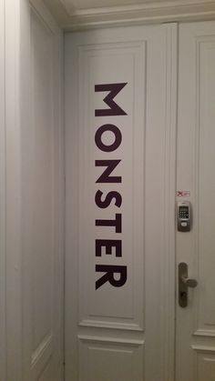 Das neue Monster - Eingangstür-Branding Wien As Time Goes By, Monster, Home Decor, Career, Decoration Home, Room Decor, Interior Design, Home Interiors, Interior Decorating