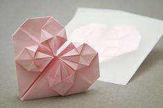 Idee fai da te :: Il biglietto origami a forma di cuore