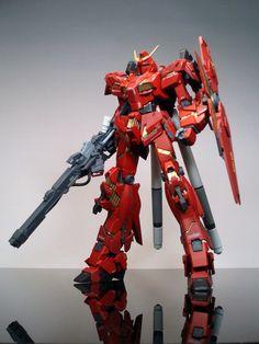 MG 1/100 Unicorn Gundam (Destroy Mode) [ Char Aznable Use] - Custom Build  by Risk   CLICK HERE TO SEE RX-0-2 [Hi Unicorn Gundam]     wow! I...