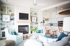 Floating Mantel Bracket – Hardware Only Oturma Odası – Home Decoration Decor, Interior, Cottage Style, Floating Mantel, Home, Coastal Living Rooms, Sitting Room Design, Coastal Design, Interior Design