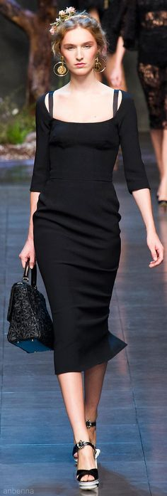 Dolce & Gabbana Spring 2014...I've always loved this style of dress. Yay, classy is coming back in style :)