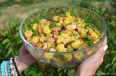 Sałatka ziemniaczana z kurczakiem, rzodkiewką i sałatą Guacamole, Potato Salad, Salsa, Potatoes, Mexican, Ethnic Recipes, Food, Green, Food And Drinks