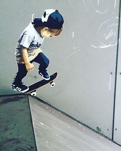 #streetart #marshal #arts #marshalarts #marshall #streetarthamburg #Hamburg #hamburgstreetart #skate #skaterboy #dropin #streetartgermany #streetartofficial #streetartnews #urban #urbanart #arteurbano #pasteup