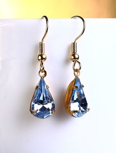 Vintage light sapphire blue faceted glass by Khalliahdesign,