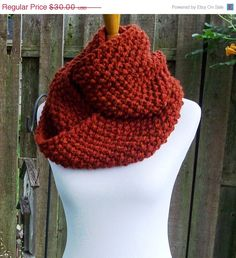 Chunky Knit Cowl Infinity Style Seed Stitch Autumn by Fanchi, $25.50