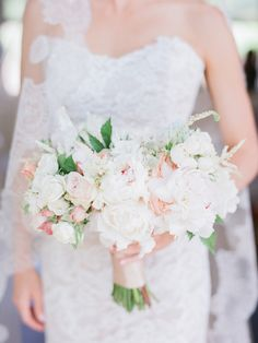 Photography : Lori Paladino Photography   Wedding Dress : Anna Maier   Floral Design : Sharla Flock Designs Read More on SMP: http://www.stylemepretty.com/2016/09/09/italian-style-garden-wedding-in-napa/