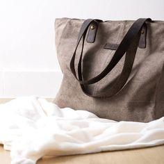 Mañanas de invierno.. #algobonito #algobonitoonline #bolso #shoppingbag #piel #moda #style #fashion #instafashion #instamoda #ootd #tendencias #winter #newcollection #shopping #novedades #timeforshopping