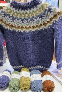 Birthday Anniversary Sweater pattern by Védís Jónsdóttir - Fair Isle Knitting Patterns, Fair Isle Pattern, Knit Patterns, Sweater Patterns, Free Knitting, Baby Knitting, Knitting Machine, Ropa Free People, Norwegian Knitting