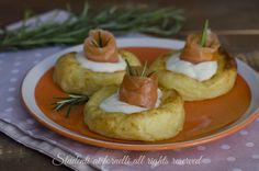 Cestini di patate salmone e stracchino