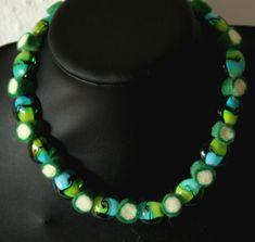 Mai 2018 Filz trifft Glas atelier-ideenreich Mai, Beaded Necklace, Etsy, Jewelry, Fashion, Atelier, Blue Green, Glass Beads, String Of Pearls