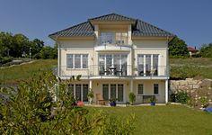 (PM 22/2009) Villa mit Hang zum Klassizismus   POROTON – die erfolgreichste deutsche Ziegelmarke