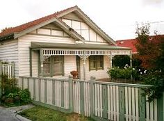 A good way to get ideas for you design plan is to begin by looking through our patio bar photos to find the ideal plan for your house. If you're looki. Front Porch Railings, Front Verandah, Front Porch Design, Patio Bar, Patio Roof, House Deck, House Front, Alfresco Designs, Small Covered Patio