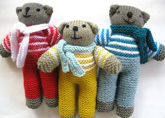 Ravelry: Teddies pattern by Teddies for Tragedies Charity knitting. Knitting Bear, Teddy Bear Knitting Pattern, Knitted Doll Patterns, Knitted Teddy Bear, Knitted Dolls, Baby Knitting Patterns, Crocheted Toys, Free Knitting, Teddy Bear Patterns Free