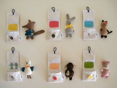 Adorable little animals and pouches Sewing Toys, Sewing Crafts, Craft Projects, Sewing Projects, Stuffed Animal Patterns, Felt Animals, Fabric Dolls, Diy Toys, Handmade Toys