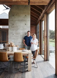 Inside The Wensley: A Farmhouse in Australia's Surf Coast Shed Homes, Cabin Homes, Interior Exterior, Interior Design, Modern Barn House, Home And Deco, My Dream Home, House Tours, Farmhouse Decor
