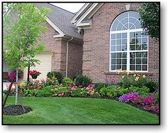 Midwest Residential Landscaping Example Curb Eal Landscapingfront Yard Landscapinglandscaping Ideasflower