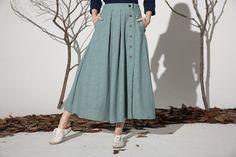 Linen skirt maxi skirt women skirt 1161 by xiaolizi on Etsy Muslim Fashion, Modest Fashion, Hijab Fashion, Fashion Dresses, Long Skirt Fashion, A Line Skirt Outfits, Modest Outfits, Dress Outfits, Linen Skirt