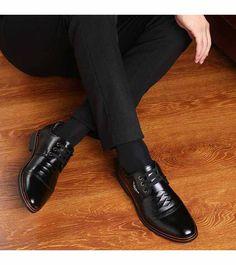 Black pleated leather derby lace up dress shoe Dress Socks, Business Dresses, Shoe Shop, Up Styles, Shoes Online, Derby, Oxford Shoes, Black Leather, Footwear