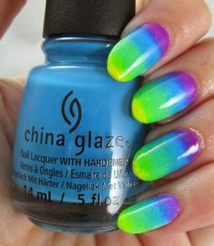 30 Days of Colour Green Gradient Nail Art using polishes from the China Glaze Electric Nights Collection