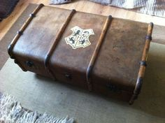 A Hogwarts chest! I may need one, with the Ravenclaw logo in my room. DIY perhaps?