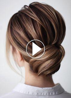 Trending Hairstyles 2019 – Easy Hair Bun Easy Hair Bun Tutorial (You. Trending Hairstyles 2019 – Easy Hair B. Prom Hairstyles For Short Hair, Chic Hairstyles, Trending Hairstyles, Side Bun Hairstyles, Hairstyles Videos, Medium Hair Styles, Short Hair Styles, Hair Medium, Hair Upstyles