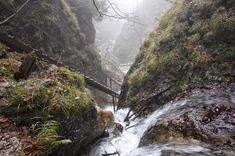 Több szurdokban is jált néhás kün, innen jö City People, Budapest Hungary, Homeland, The Great Outdoors, Egypt, Waterfall, Arch, Places To Visit, Hiking