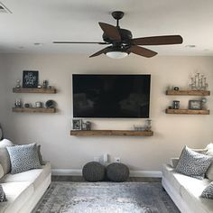 Attractive Living Room Wall Decor Ideas To Copy Asap Gallery Wall Shelves, Picture Shelves, Picture Ledge, Wooden Picture, Tv Wall Shelves, Kitchen Shelves, Open Shelving, Decorative Wall Shelves, Shelving Decor