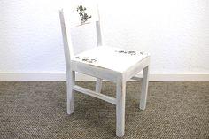 Shabby Chic. Schöner alter Kinderstuhl  von Schlüter Kunst und Design - Stühle, Kommoden, Regale, Modeschmuck auf DaWanda.com