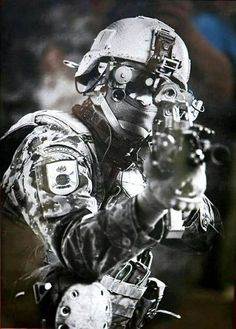 It takes airsoft Sniping Sniping training, practice and a lot of other things to be a great Airsoft Sniper. Here are 21 Great Airsoft Sniping Tips for you. Military Gear, Military Police, Military Weapons, Army, Ghost Recon 2, Ghost Soldiers, Camouflage, Airsoft Sniper, Military Special Forces