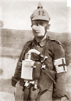 Old Picture of the Day: World War I German Soldier